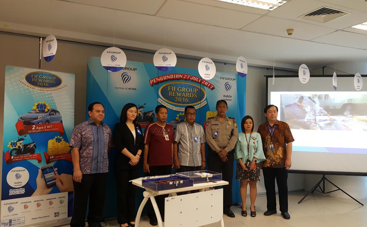 FIFGROUP Gelar Undian, Toyota Agya Jatuh di Tangan Konsumen Riau dan Medan