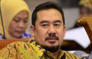 Komisi VIII Harapkan Khofifah Tak Usah Mundur