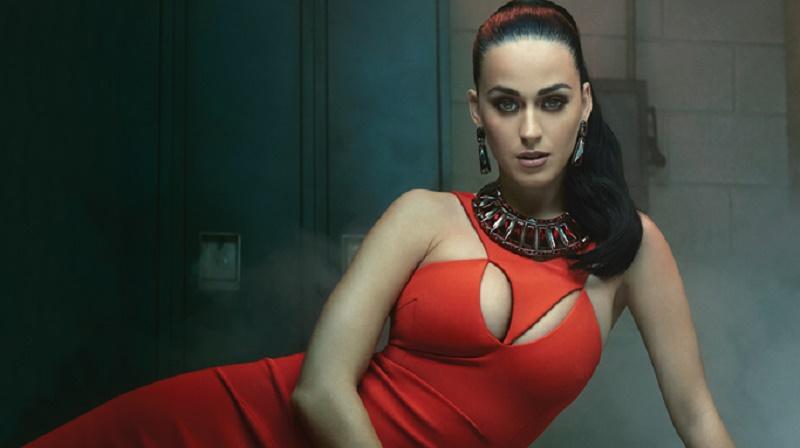 Tahun 2012 Katy Perry Ajak Fans Indonesia Mencium Pipinya, Apakah Tahun Depan Giliran Anda?