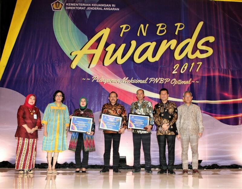 Raih PNBP Award 2017, Kemenkop dan UKM Tingkatkan Pengelolaan PNBP