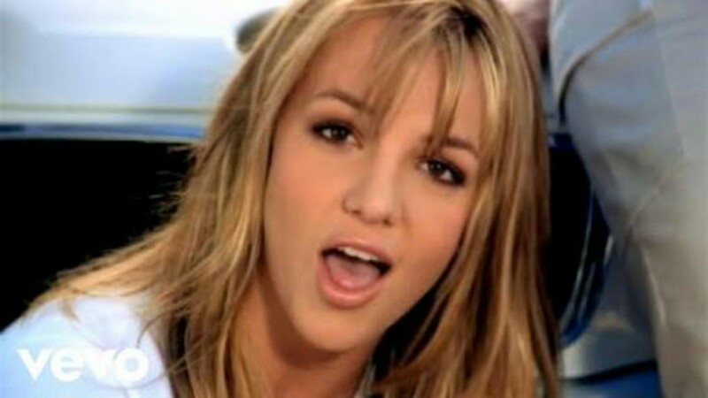 Akhirnya, Britney Spears Jadi Model Beneran