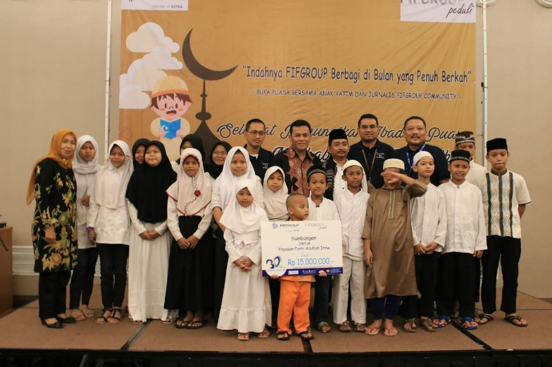 FIFGROUP Terus Berbagi Berkah di Bulan Ramadhan