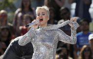 Katy Perry Coba Pulihkan Patah Hati dalam 'Never Really Over'