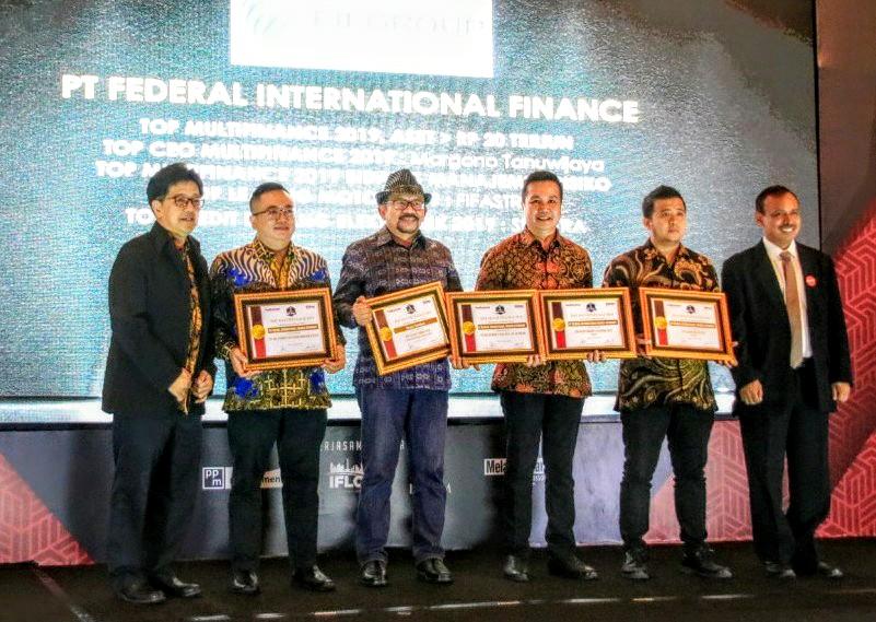 5 Penghargaan Top Multifinance 2019 Diboyong FIFGROUP
