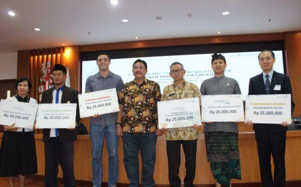 5 Lembaga Terima Bantuan dari FIFGROUP