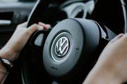 Volkswagen Kagumi Tesla, tapi Ogah Kerja Sama