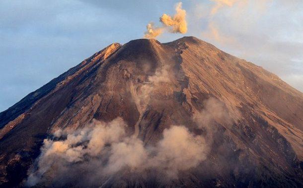 Pagi Tadi, Gunung Semeru Meletus