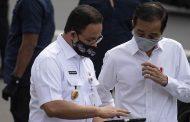 Jokowi, Anies dan Menkes Pantau Vaksinasi Pedagang Pasar Tanah Abang